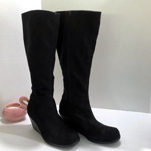 Merona Black Suede Wedge Boots. Size 6.5